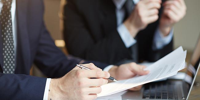 Auto-entrepreneur : quand faut-il changer de statut ? SARL ou SAS ?